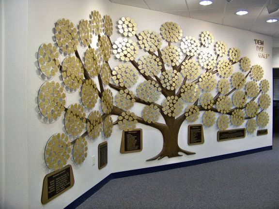 Wall of Honor Tree graphic